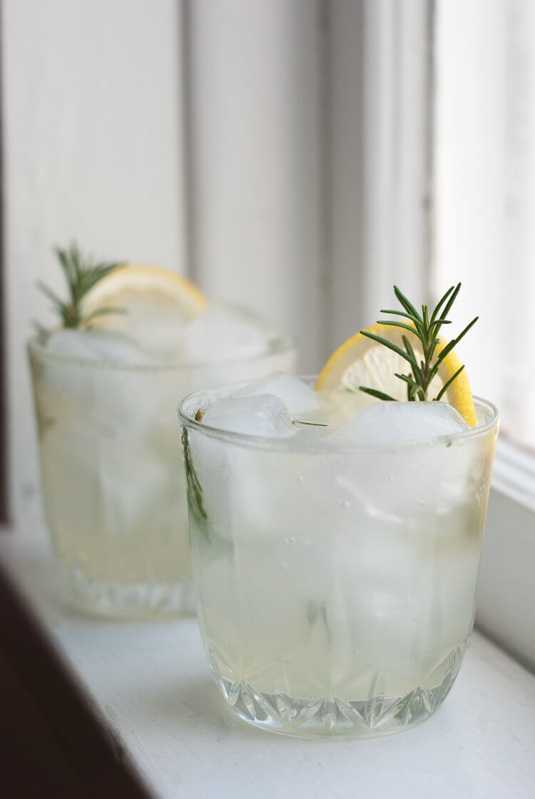 Rosemary, lemon and gin scented